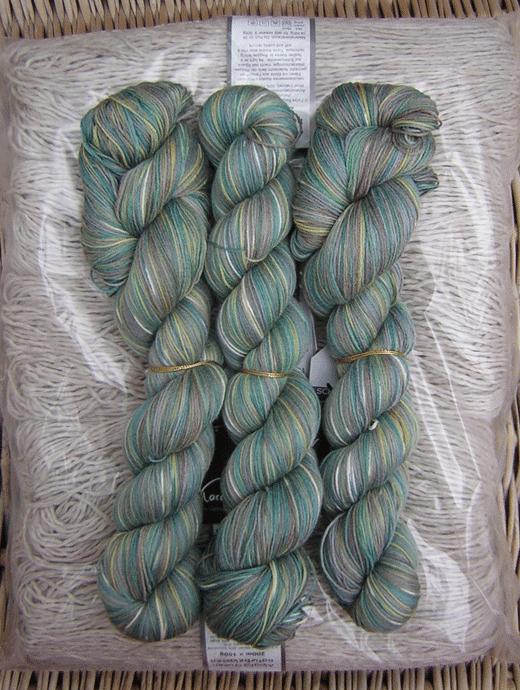6 Karat Wolle - Kleingedrucktes - Farbe 2268