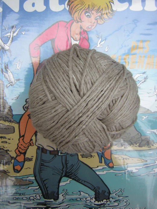 Wollpaket: Kaschmirkleid mit Zopfpasse: Gr�sse 40/42 - Farbe 7130