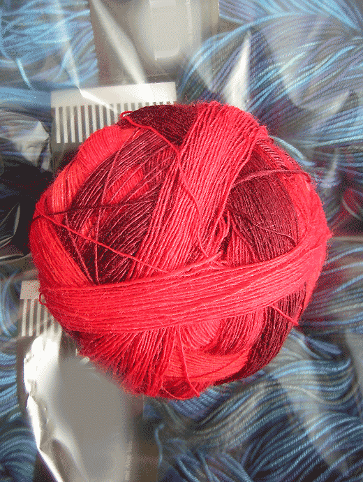 Lace Ball - Cranberries - Farbe 1963ombre